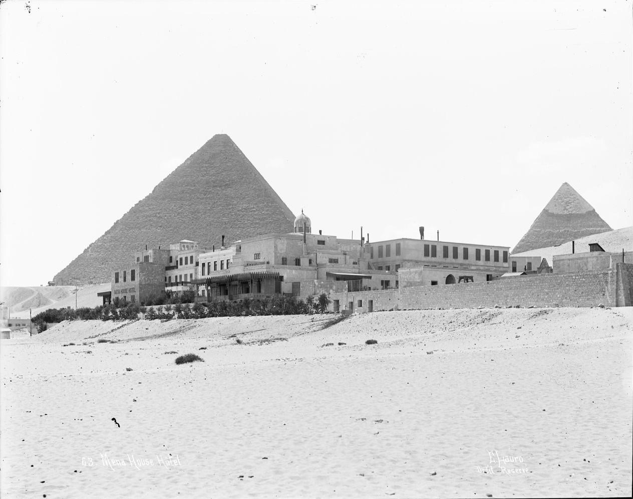Гиза. Пирамиды и гостиница. 1900