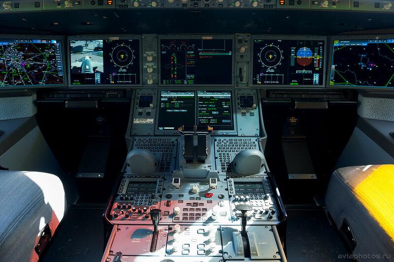 Airbus A350-941 (F-WWCF) Airbus Industrie 044_D702875