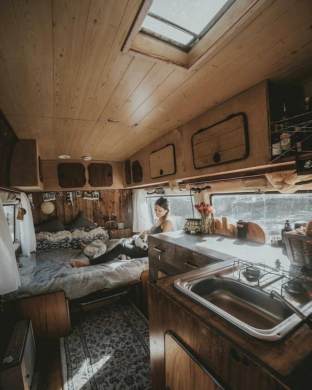 Увлекательные снимки из проекта «Project Van Life»