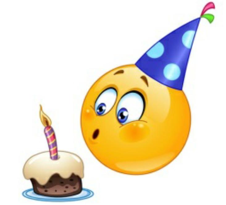 Открытка с днем рождения смайлика. Симпатичный Смайлик задувает свечу