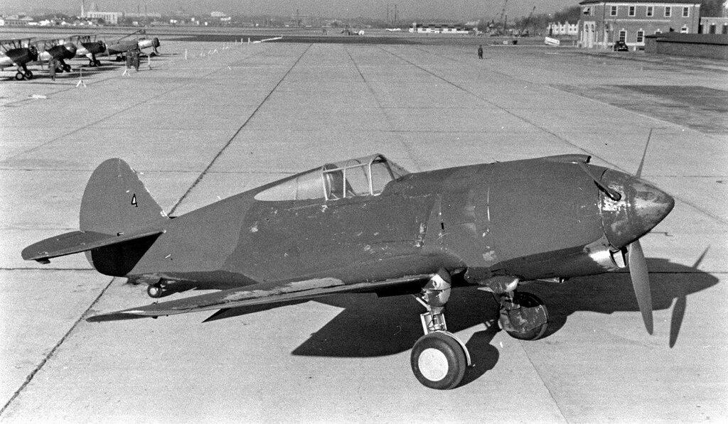 Curtiss XP-42