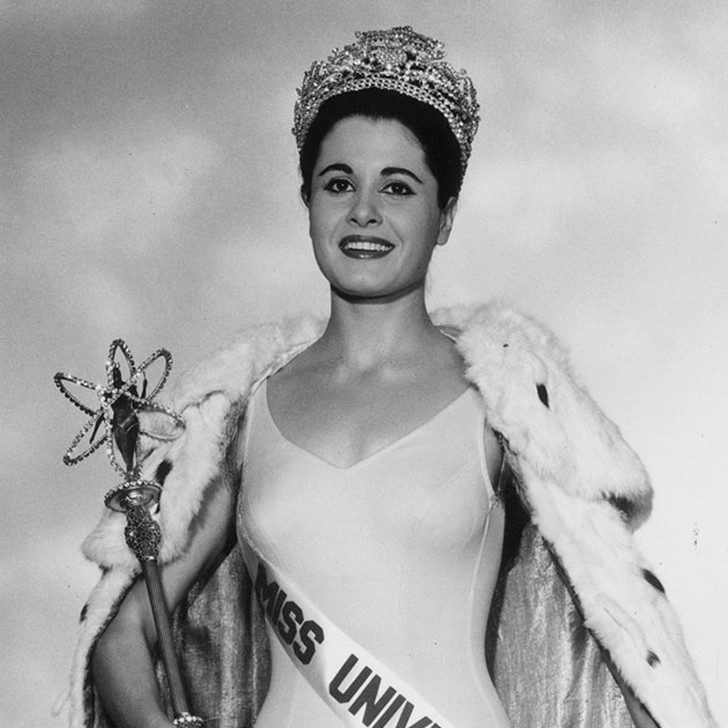 Норма Нолан, Аргентина. «Мисс Вселенная — 1962». 24 года, рост 166 см.