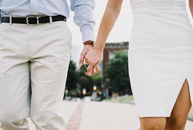 Тест: что о вас может рассказать то, как вы держитесь за руки (10 фото)