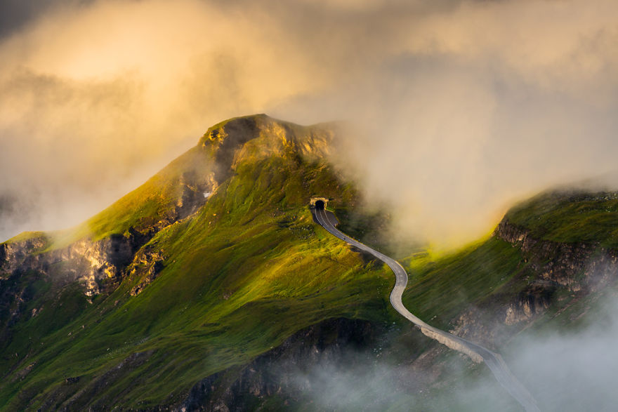 Гроссглокнер — самая красивая высокогорная дорога в мире (12 фото)
