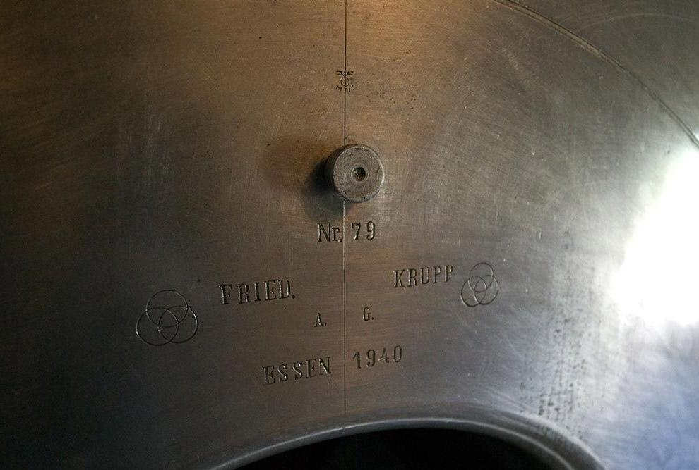 Во внутренних помещениях батареи «Вара» находится экспозиция военного музея, рассказывающего об исто