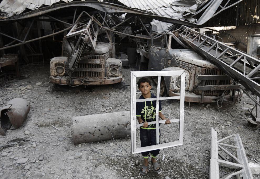 Более двух третей населения сектора Газа состоит из беженцев, покинувших территорию Израиля в резуль