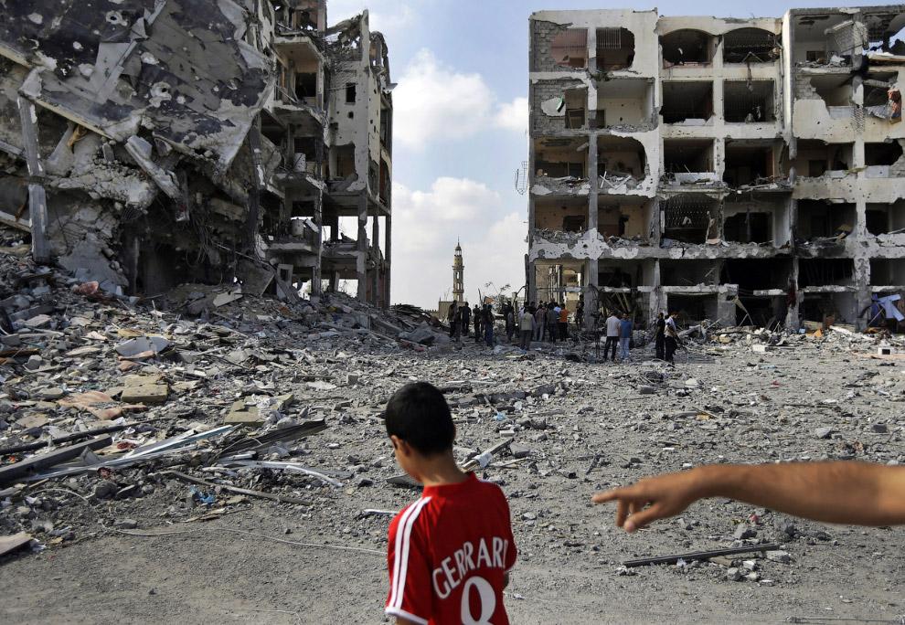 19. В квартире. 5 августа 2014. (Фото AP Photo | Khalil Hamra):