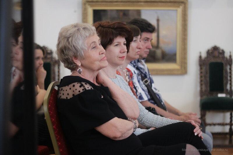 Выставка из московской фарфоровой мастерской Игоря Клименкова, Саратов, 08 июня 2017 года
