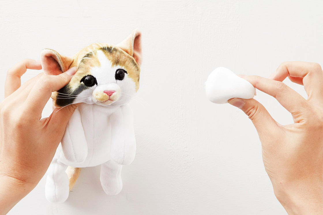 Fluffy Cats – Adorable Japanese pencil cases shaped like little kittens
