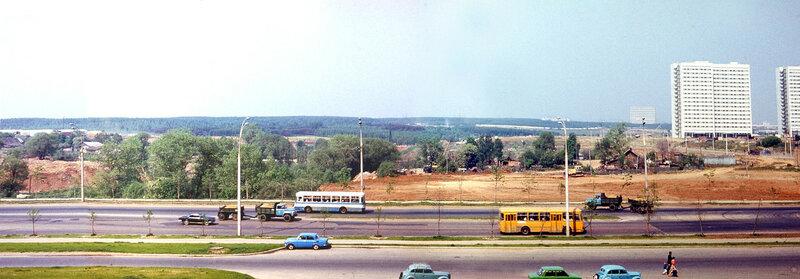 1981 Тропарево. Вид из дома 127. Панорама из 3-х фото.jpg