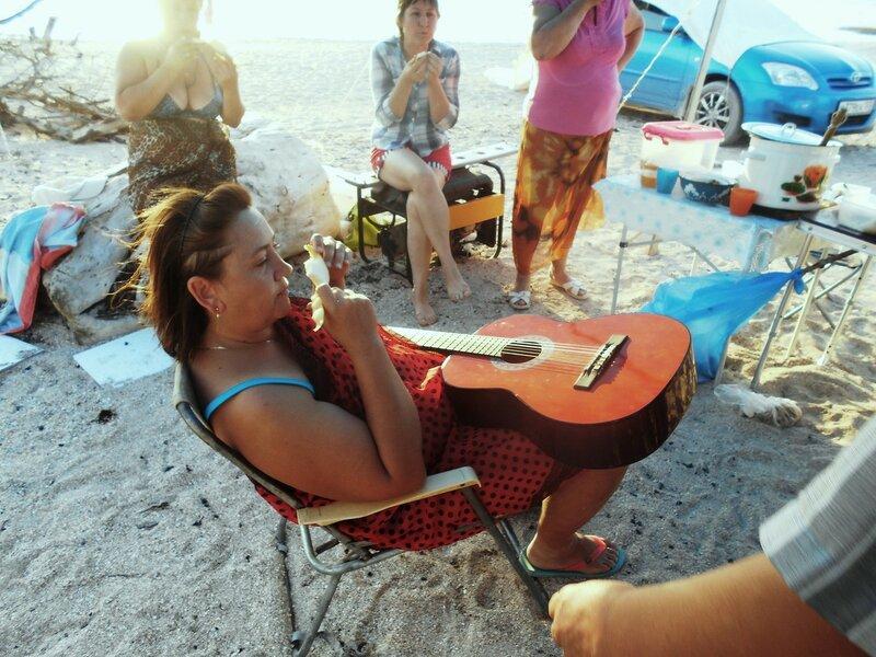 С людьми и гитарой ... DSCN4433.JPG