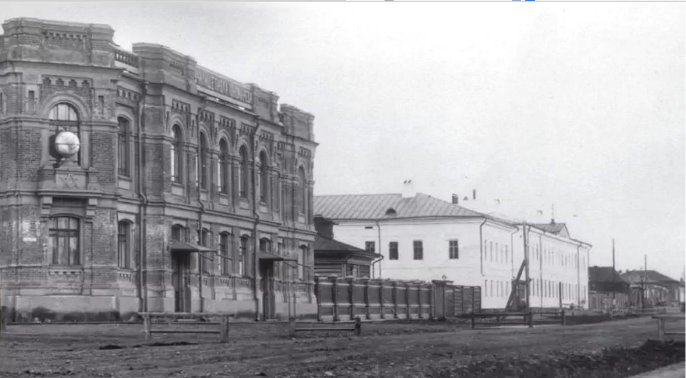 Училище П. А. Пономарева