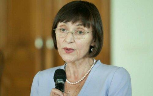 Корина Фусу заговорила по-русски отвечая Ирине Влах