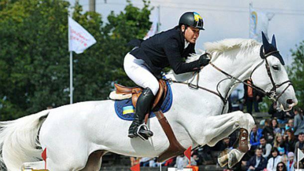 Александр Онищенко планирует работать в Лондоне тренером по конному спорту (видео)
