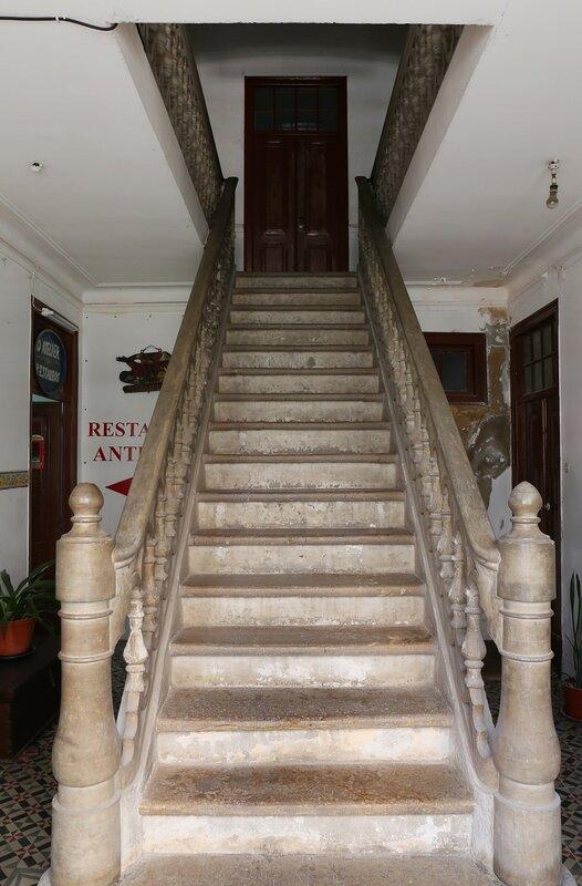 Headlight. Residencial Dandy Guest House