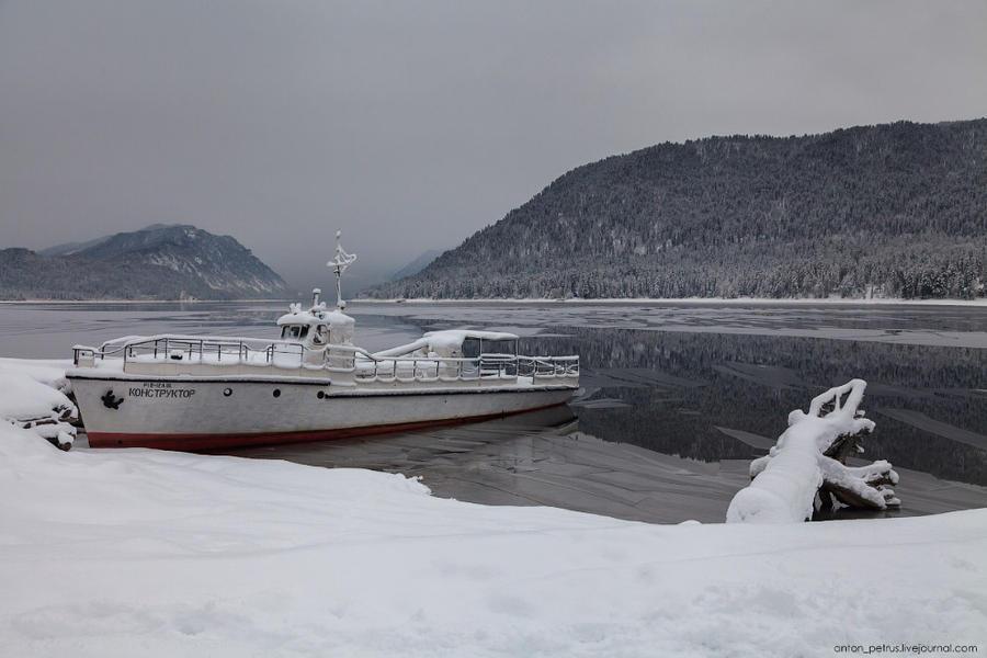 Суровая алтайская зима (16 фото)