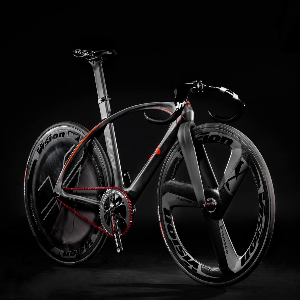 Агрессивно-спортивный дизайн. BestiaNera — «гибрид» в лучших традициях. Секрет в том, что велосипед
