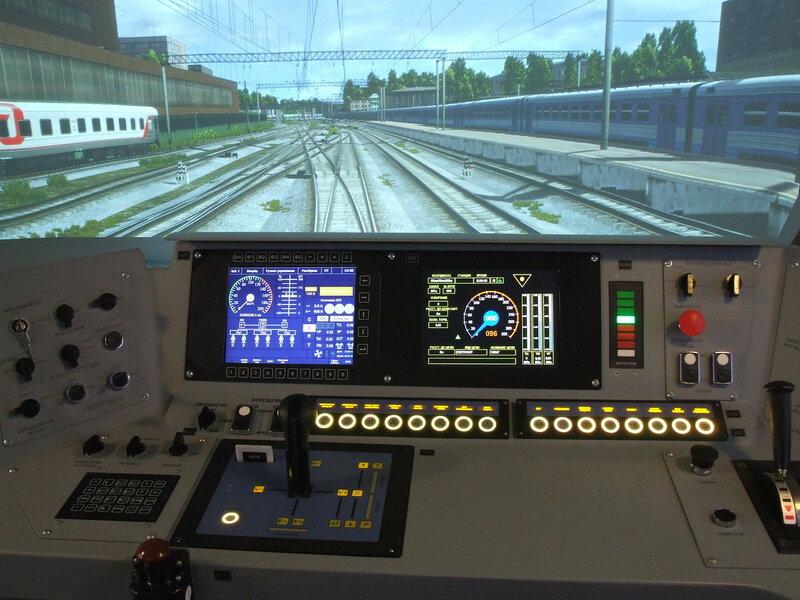 Пульт машиниста в тренажере электровоза ЭП20.JPG