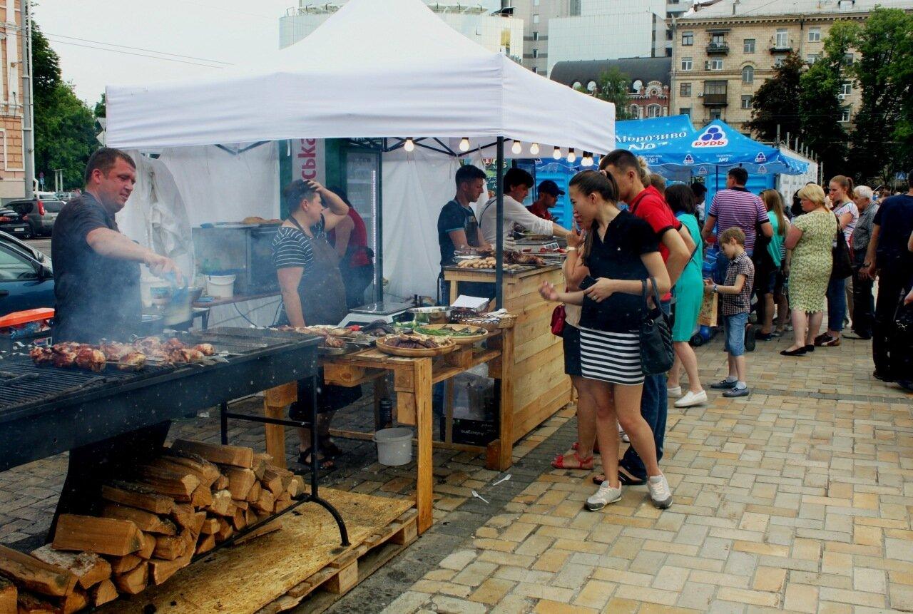 Фестиваль еды на Софиевской площади
