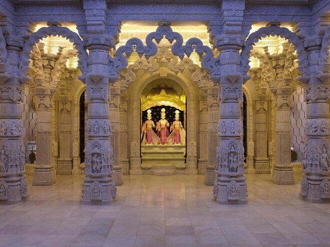 Храм Шри Сваминараян в Лондоне