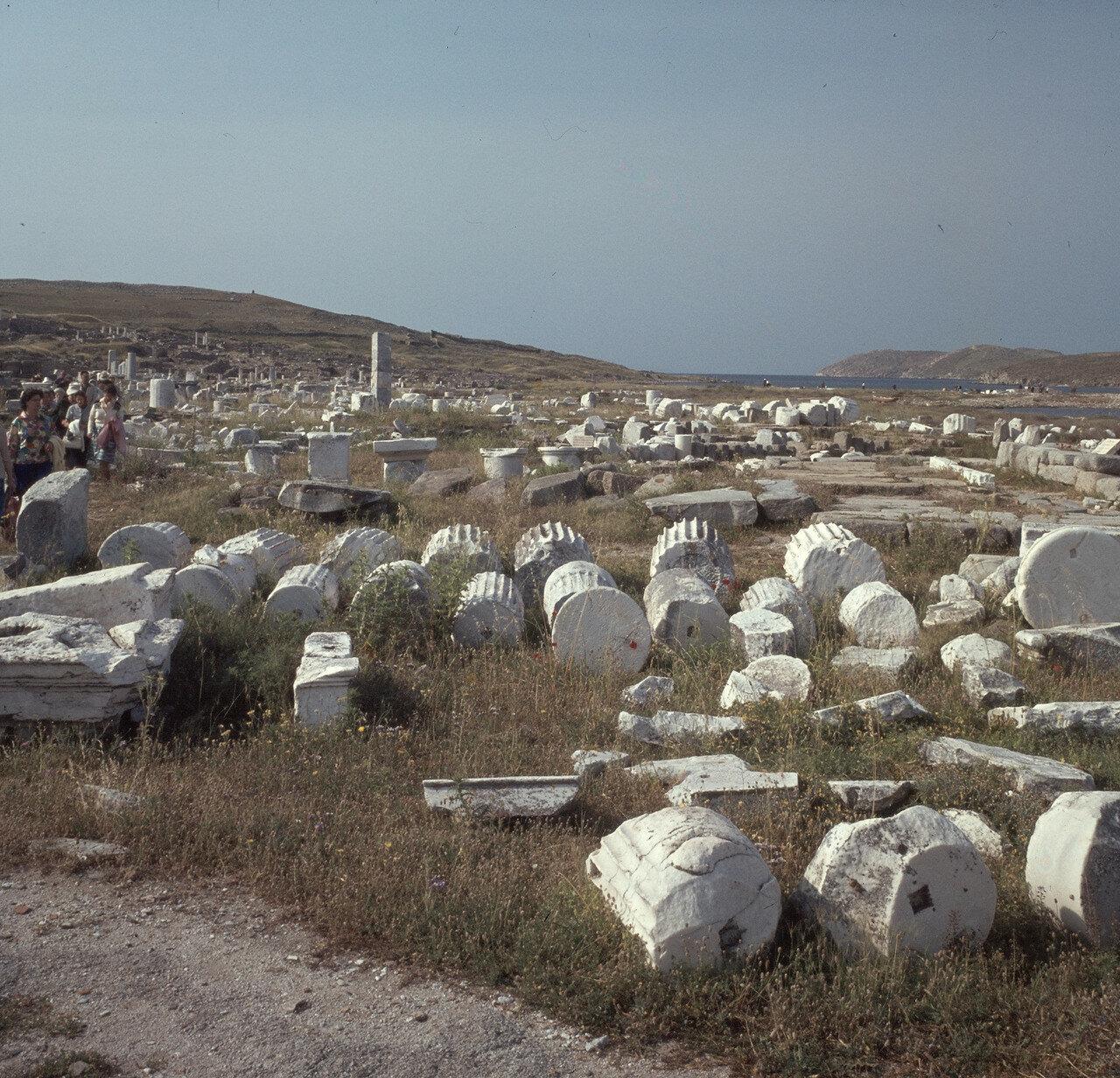 Делос. Археологические раскопки храмов и агоры. 1964