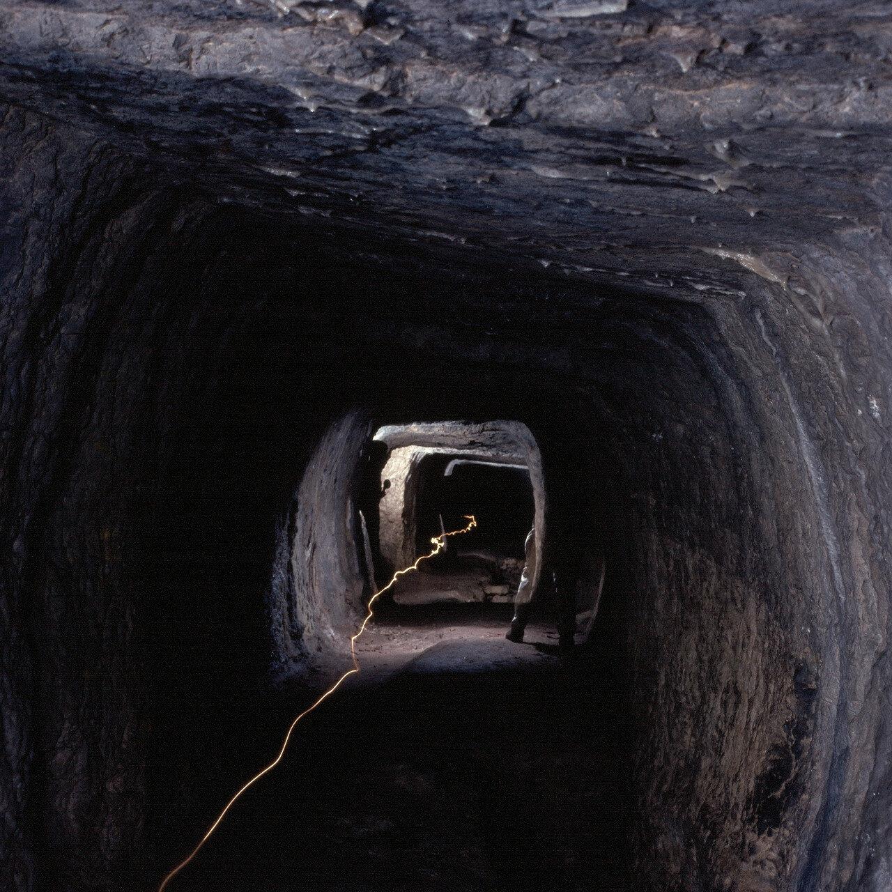Самос. Питагорион. Подземный акведук Поликрата VI в. до н.э. 1964