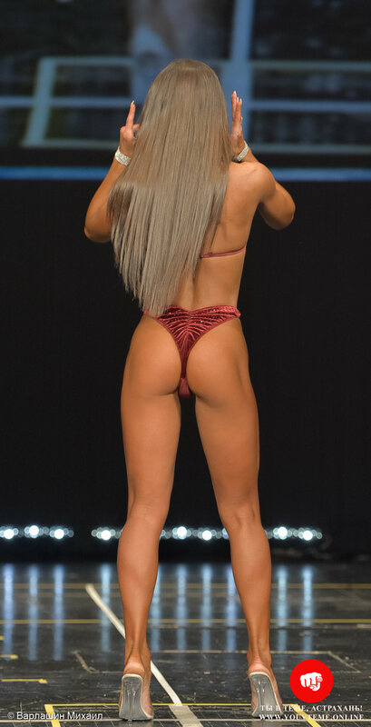Категория: Фитнес-бикини юниорки 166см. Чемпионат и Первенство России по бодибилдингу 2017