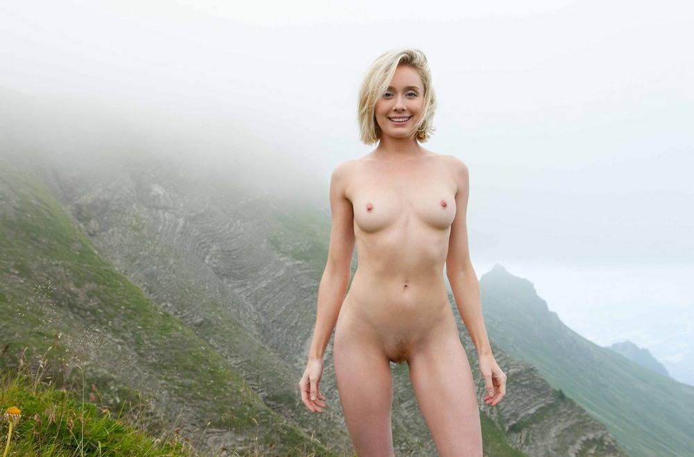Совсем без одежды (18+)