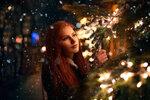 Redhead_girl_Branches_475755.jpg