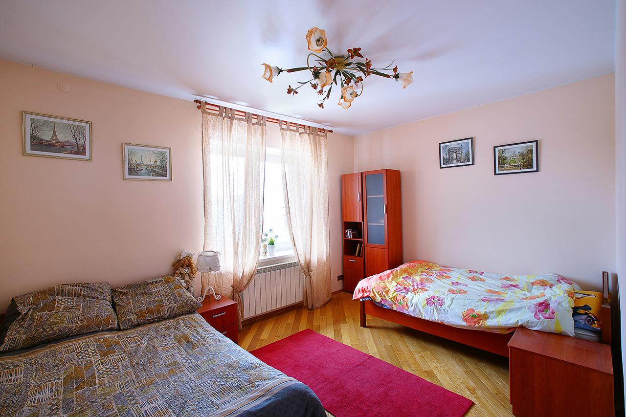 фотографии дома для продажи. интерьеры