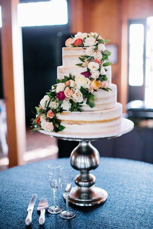 0 1782f1 57f80654 XL - Красивейшие свадебные торты сезона 2017-2018