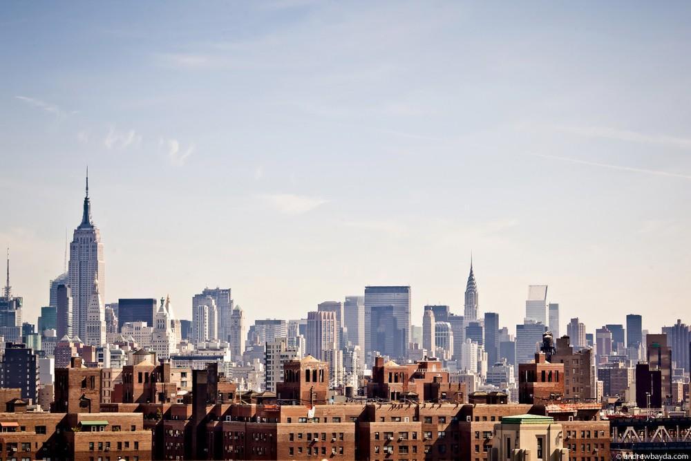Просыпающийся Нью-Йорк, опять же с Бруклинского моста.