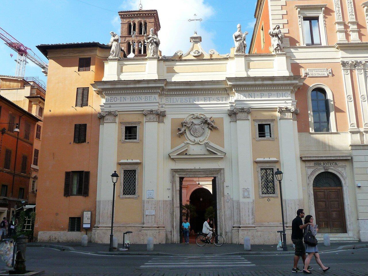 Chiesa San Silvestro in Capite (1).JPG