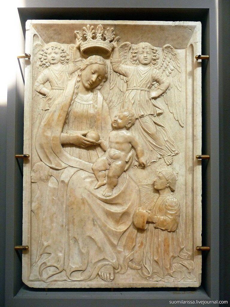 Среденевековый артефакт.