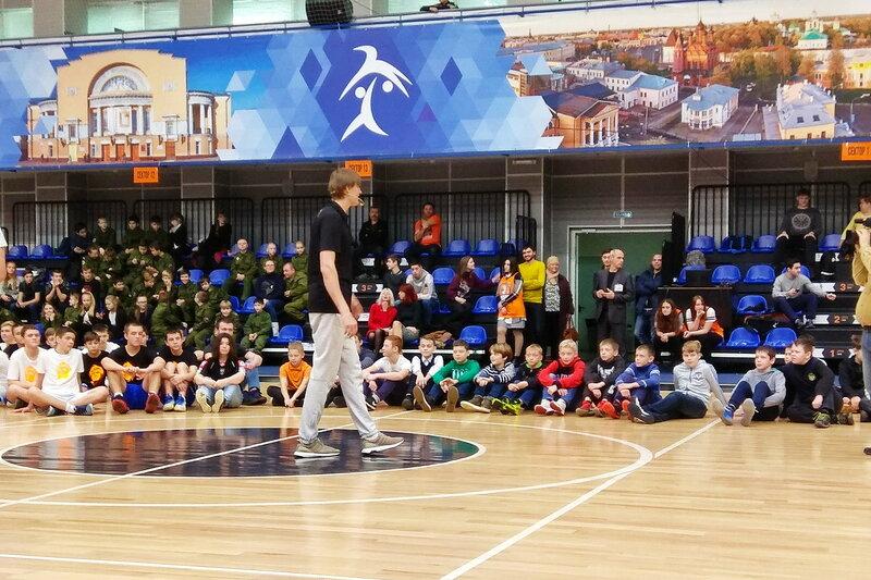Угличские баскетболисты ДЮСШ приняли участие в мастер-классе Андрея Кириленко, который презентовал проект Школа баскетбола 2.0 в Ярославле