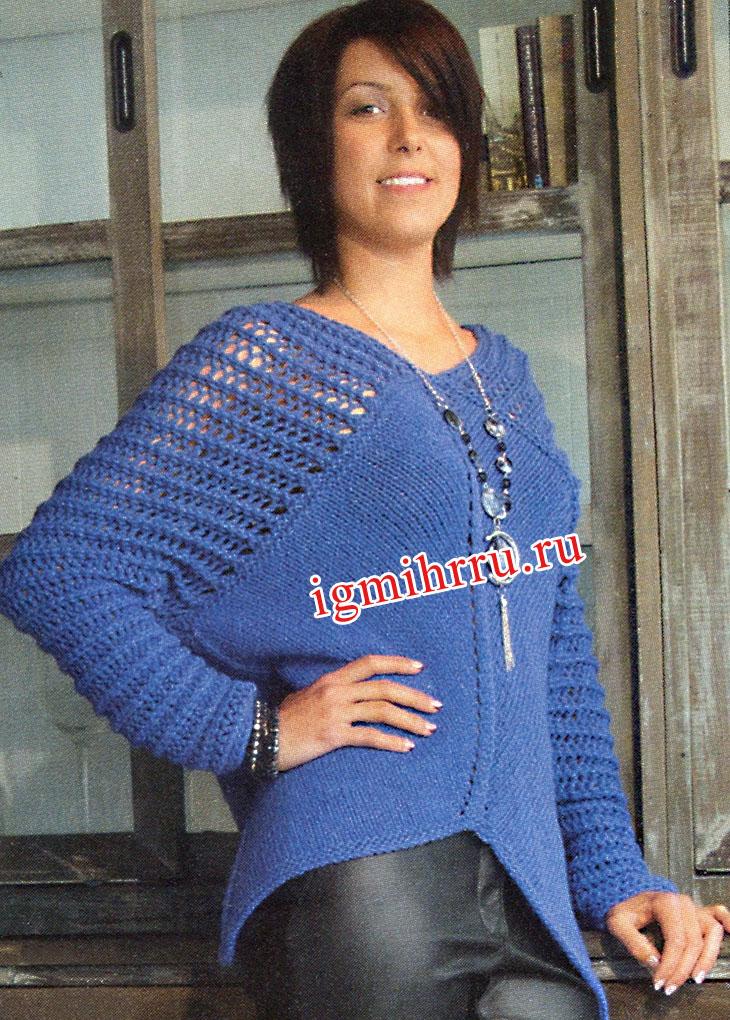 Синий теплый пуловер с ажурными рукавами. Вязание спицами