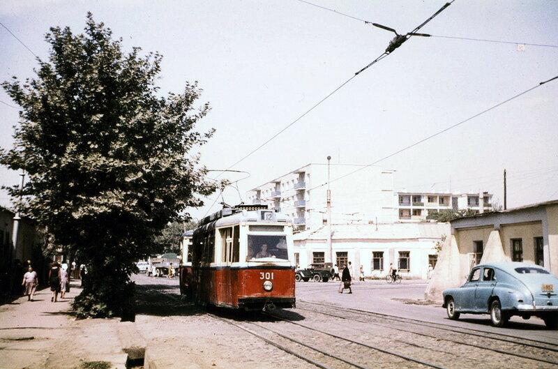 1967 Ташкент, улица Кафанова. Henk Ontrop.jpg