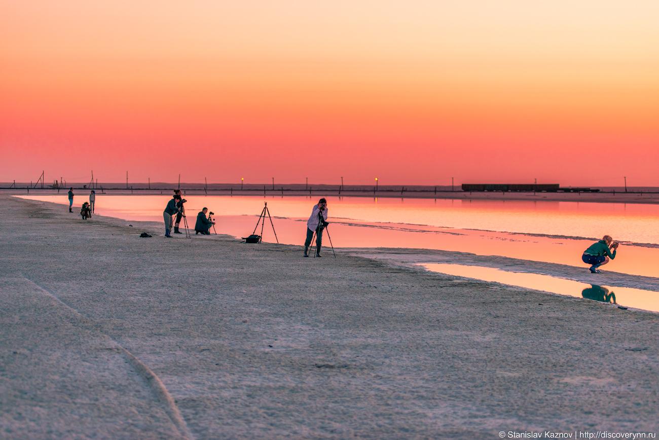 Рассвет на озере Баскунчак