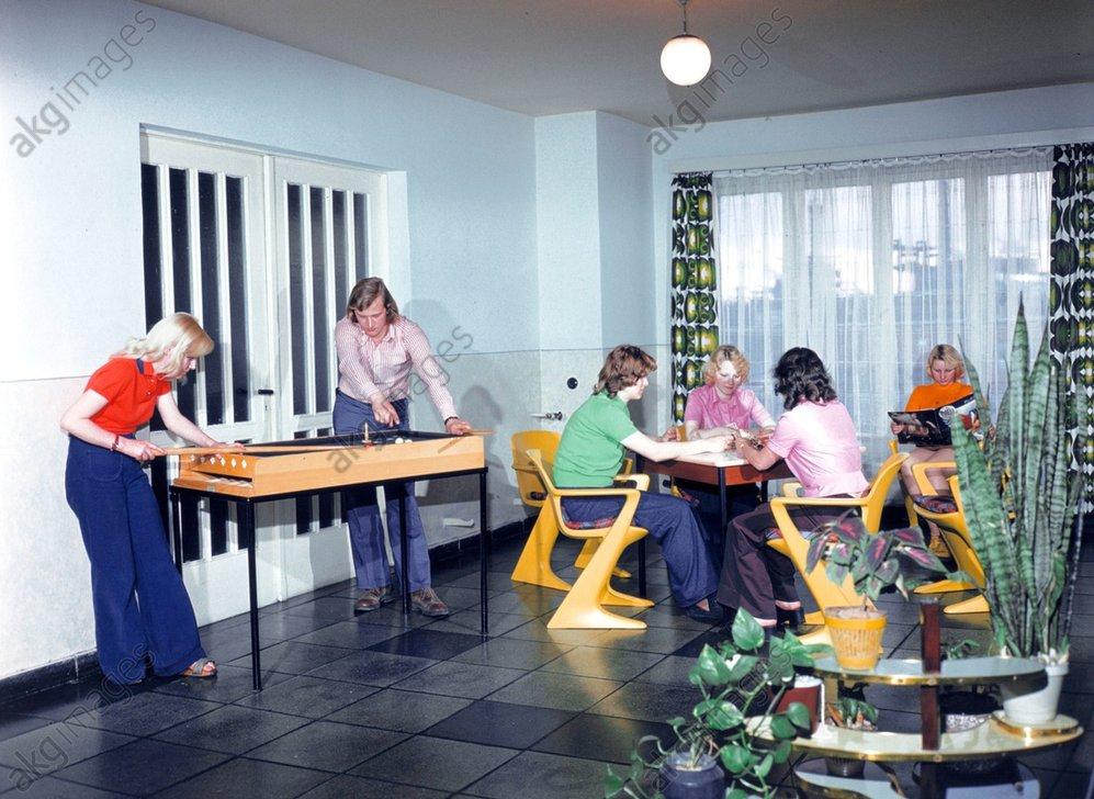 Wohnheim/Leuna-Werke/Freizeitraum/Foto - Hall of Residence / Leuna Works / GDR -