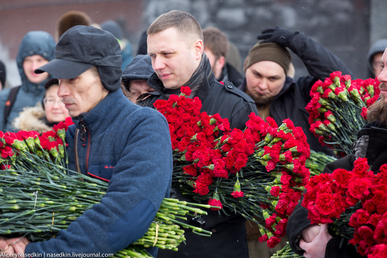 Москва торжественно помянула Сталина (фото) GA8A9912.jpg