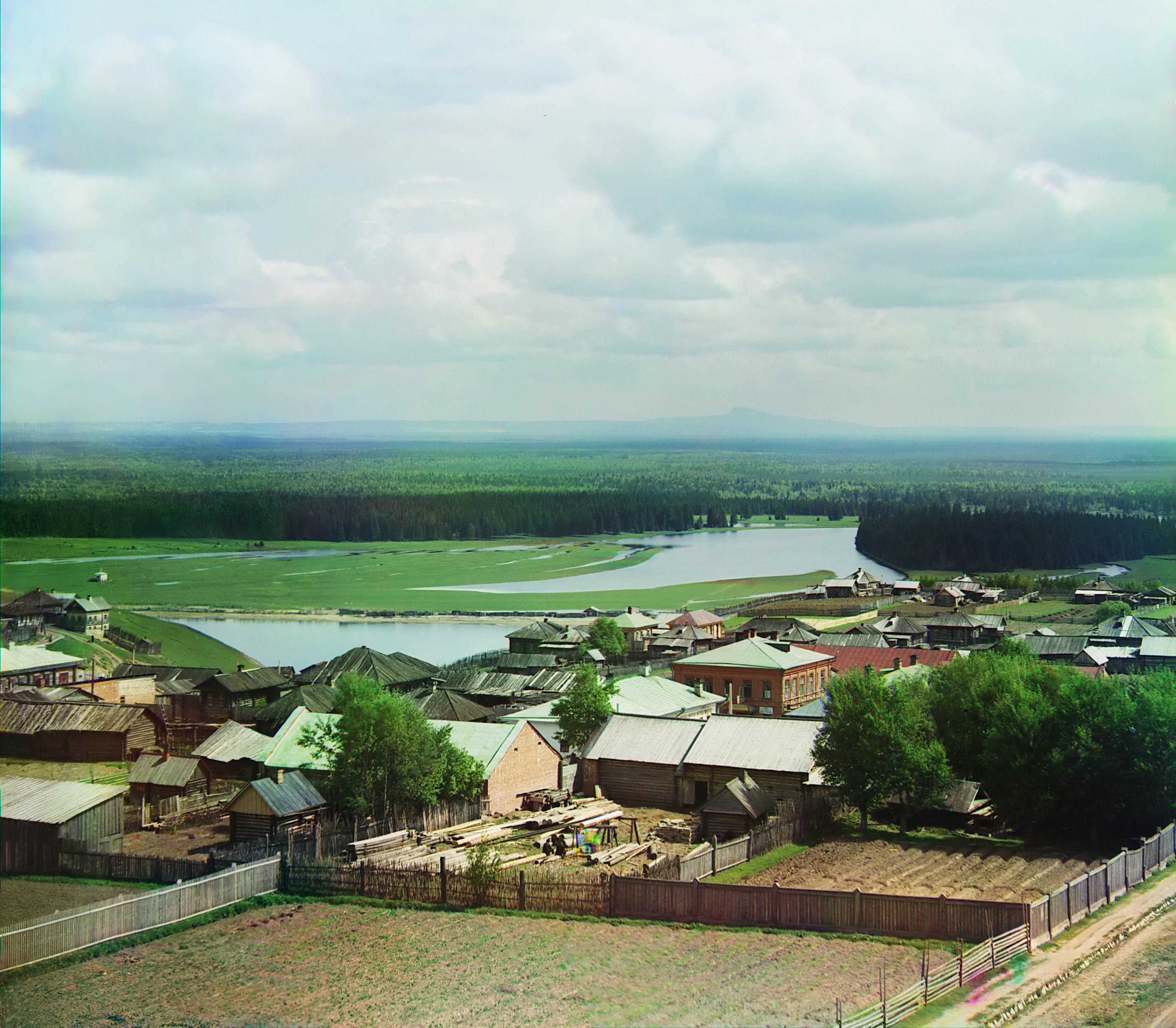 Вид с водопроводной башни на камень Полюд