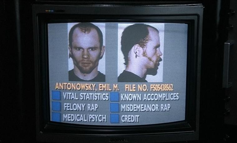 1987 - Робокоп (Пауль Верхувен).jpg