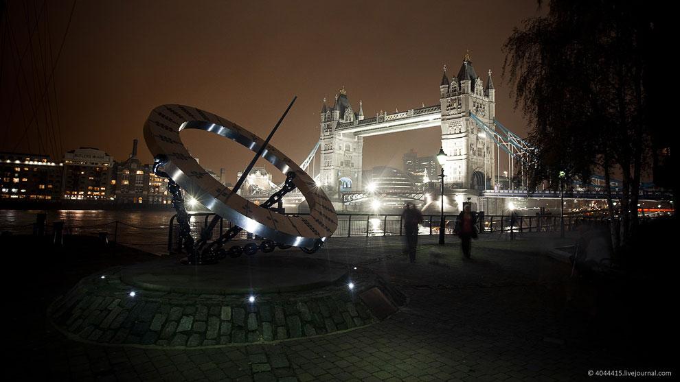 Тауэрский мост также является одним из символов Лондона и Великобритании: