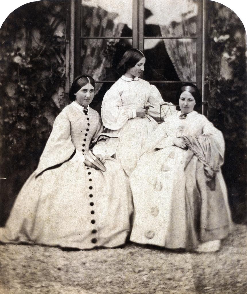 1860. Три грации
