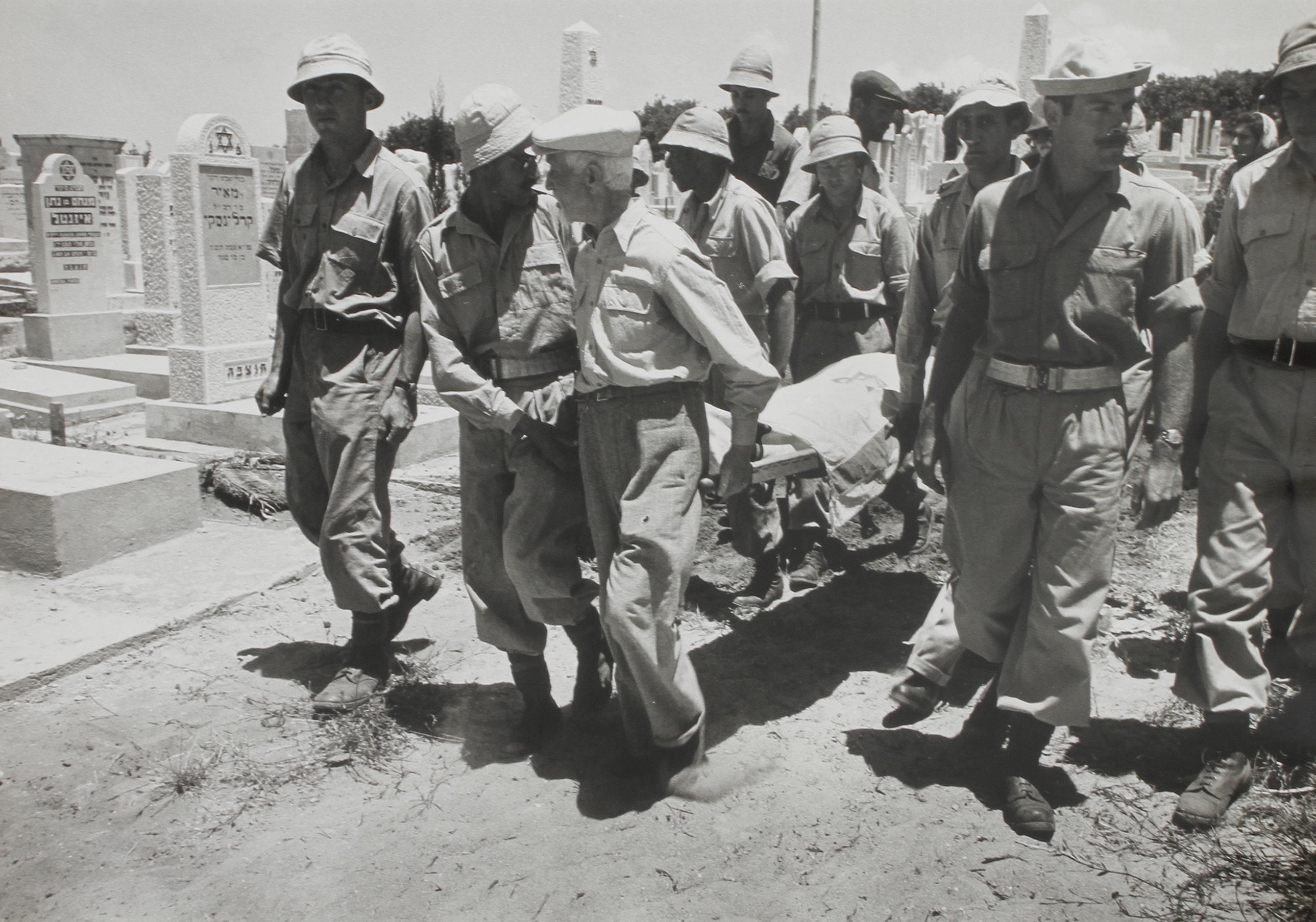 1948. Похороны командующего иерусалимским фронтом бригадного генерала Давида Маркуса. Тель-Авив, июнь