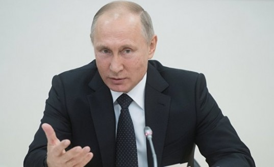 Путин одобрил пакет законов о «черных списках» авиадебоширов