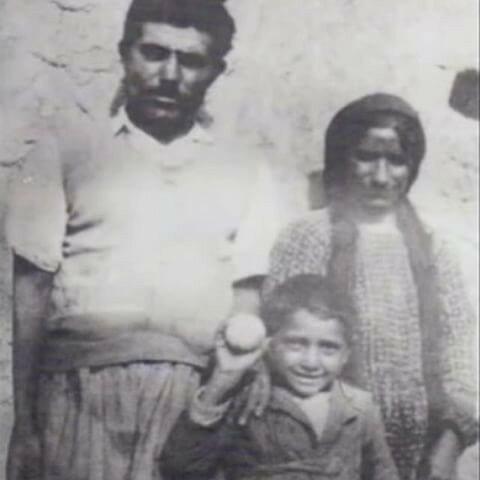 Ассирийский патриарх Мар Дынха IV в детские годы.