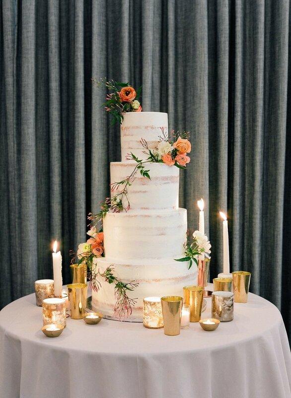 0 17b851 76bfc600 XL - Свадьба зимой: 7 теплых образов невесты