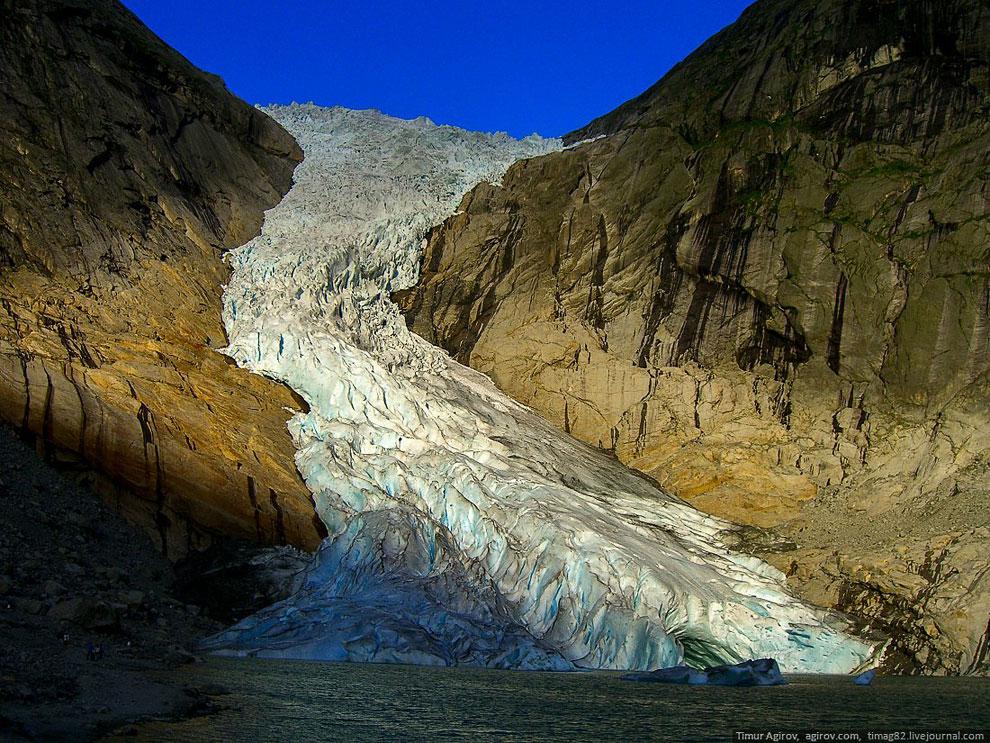 Также смотрите статьи « Норвежские фьорды » и « Водопады Исландии ».