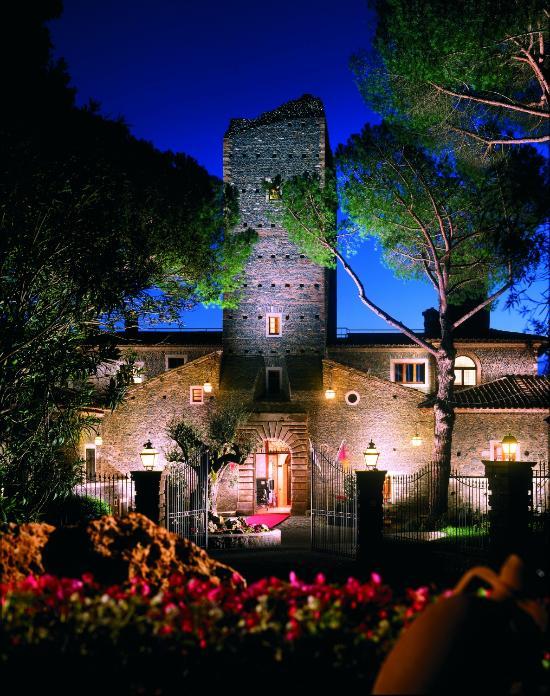В этом древнем городе пролилось больше крови, чем где бы то ни было еще. Castello Della Castelluccia